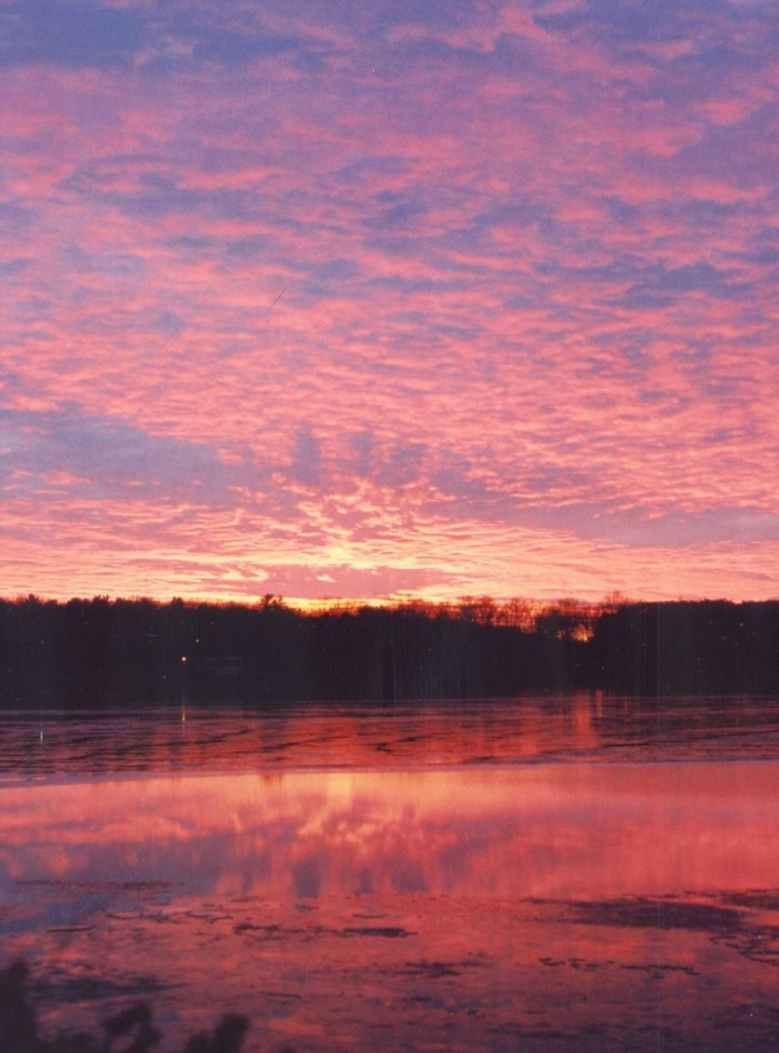 10. Isn't this pink sky over Lake Springfield the most gorgeous one you've ever seen?