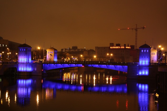2. The Milwaukee RiverWalk is particularly gorgeous at night.