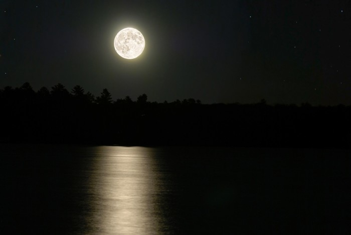 14. That is a wonderful shot of moonrise over Malvern.