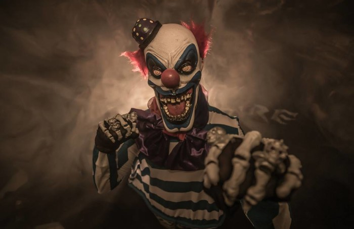6. Freakshow and the Haunt at Bone Saw Mill