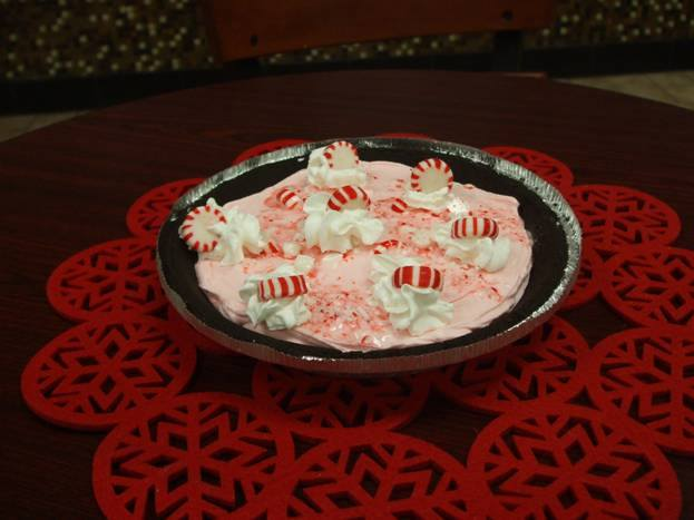 8. Old-Fashioned Candy Cane Pie