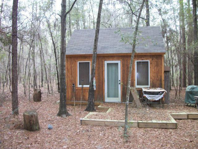 9. Small & Simple Wooded Living - 8267 Lake Carroll Drive, Donalsonville, GA