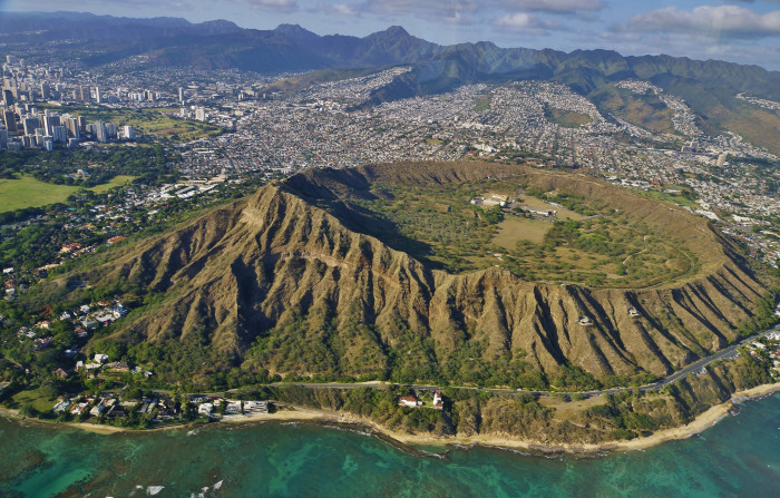 1) Diamond Head