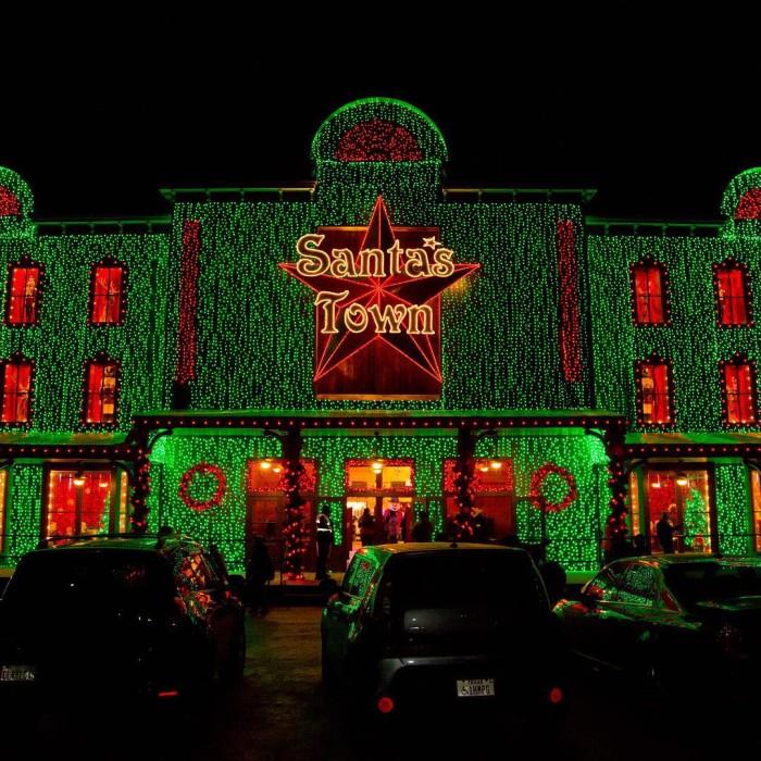 6) Santa's Wonderland (College Station)
