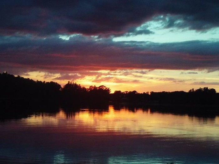 6. What a gorgeous shot of a sunset in Land o Lakes by Thomas Dykstra