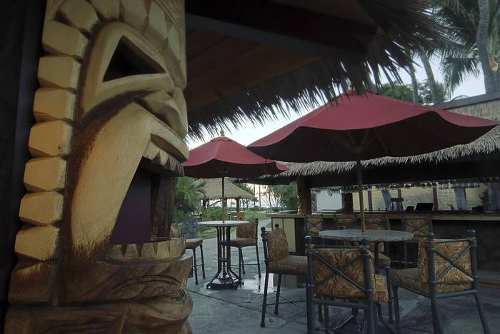 13) Ka'anapali Beach Hotel, Maui