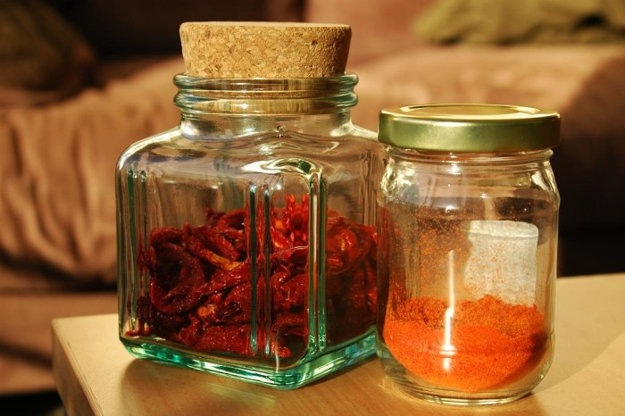 4. Another item you'll find in an Arizona home; chile. Powdered, canned, frozen, freeze dried, or any other form of the hot pepper is something that most Arizonans will add to their cooking sometime every month.