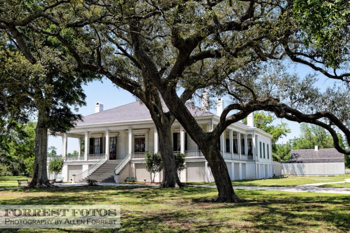 13. Visit the home of Jefferson Davis.