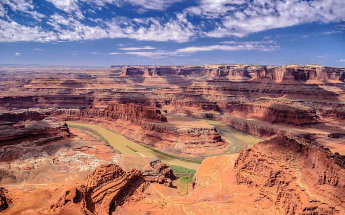 21. Look out over Dead Horse Point.