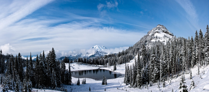 5. A panoramic view of Tipsoo Lake during the winter.