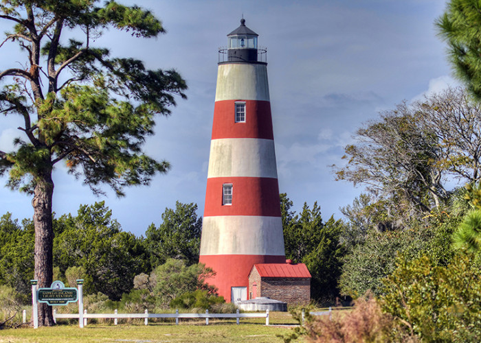 4. Sapelo Island Light Station