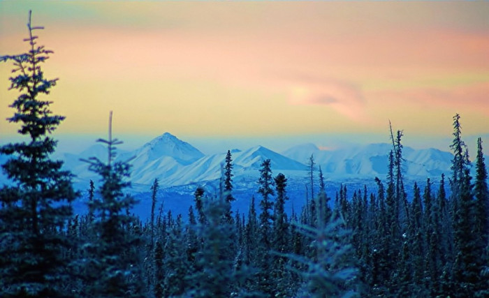 6) The beauty of the Wrangell Mountains.