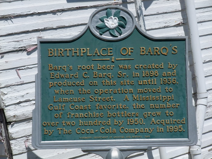 2. Mississippi is responsible for the invention of that deliciously bubbly concoction known as Barq's Root Beer.