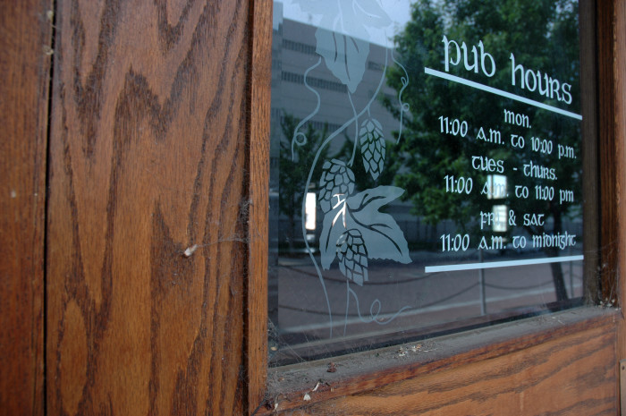 6: 1982: The first brewpub after Prohibition opens in Yakima.