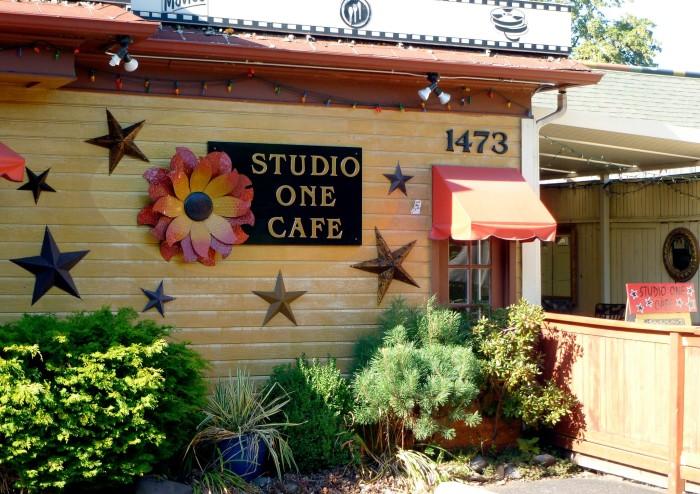 4. Studio One Cafe