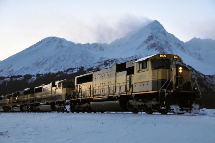 2) Winter railroad tour.