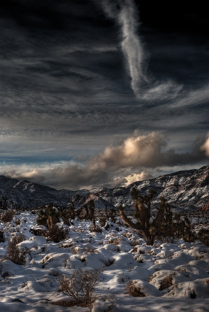 8. This AMAZING winter scene was captured in the Calico Basin.