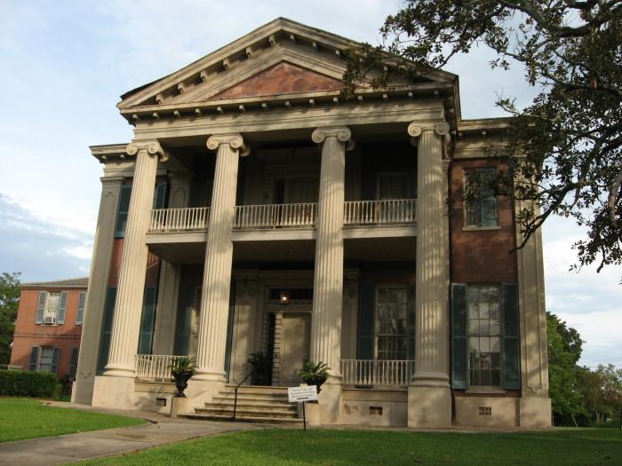 3. Revisit the past in Natchez.