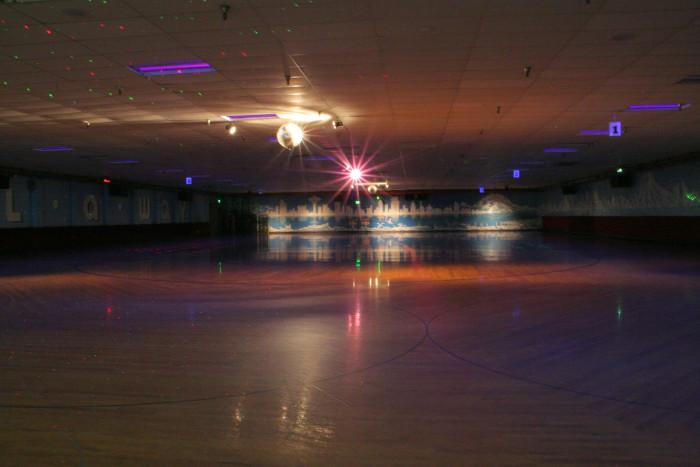 7. Lynnwood Bowl & Skate