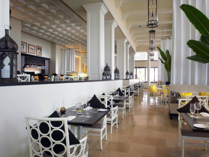 4) Azure Restaurant, Honolulu