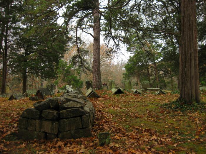 4) Eerie Old Jerico Cemetery