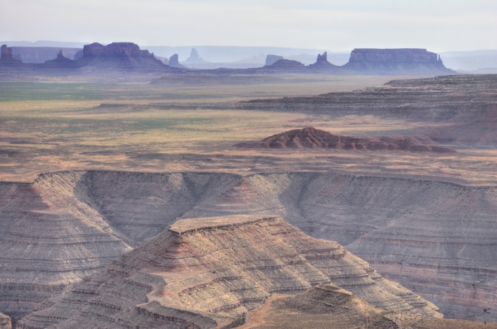 2. Arizona's unique landscapes and environments are beautiful and difficult to find elsewhere. It's also the perfect location for enjoying a day out in nature on Black Friday instead of shopping.