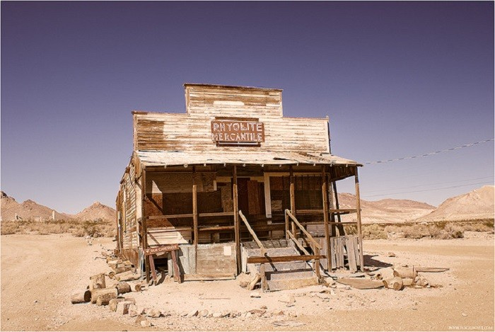 7. Nevada has ghost towns galore.
