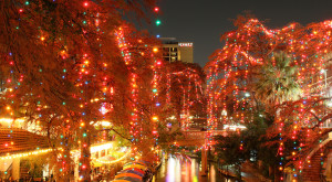 Here Are The Top 10 Christmas Towns In Texas. They're Magical.