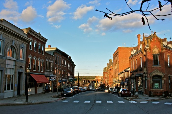 Beautiful, Charming Small Towns In Maine