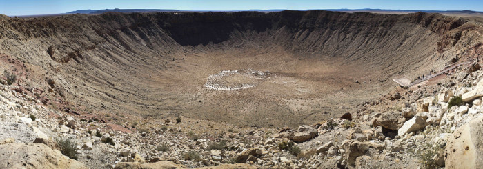 11. Another place that looks like the site of an alien planet? Meteor Crater, which also happens to be one of the best preserved craters known.