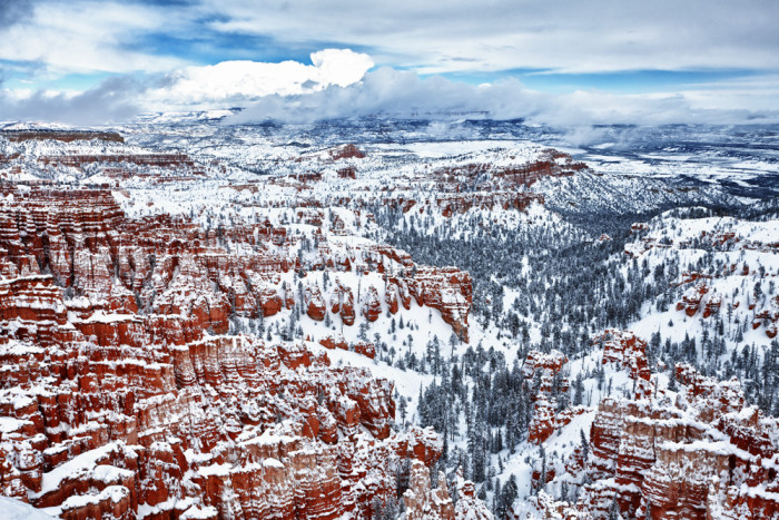 3. Bryce Canyon's hoodoos have more definition and depth with a dusting of powdery snow.
