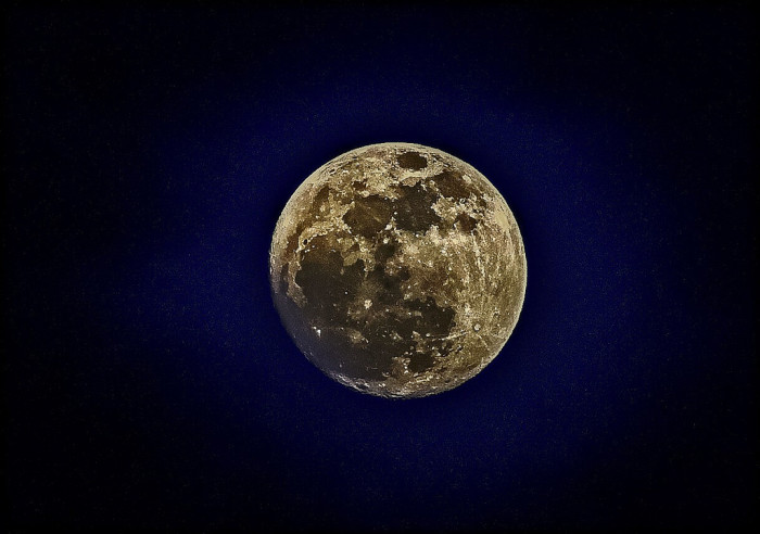 9. This super moon was shot in Wantage, though it easily could be the moon of another planet.