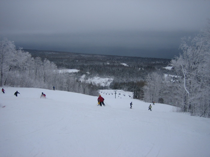 6. Not to mention start the winter activities that are tons of fun. Who else can't wait to ski?