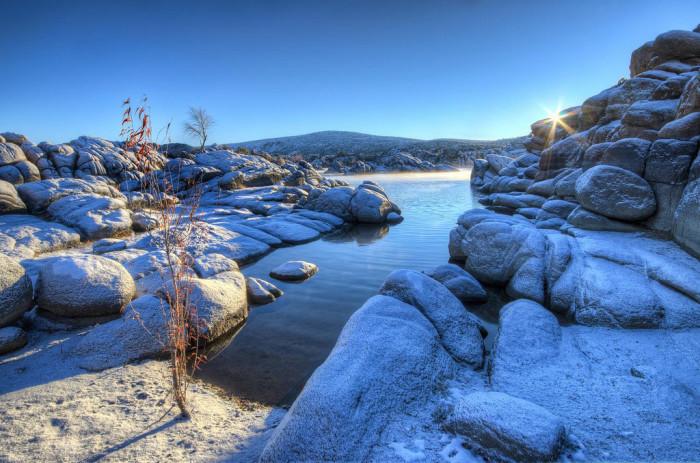 9. This view of Watson Lake near Prescott at sunrise looks amazing.