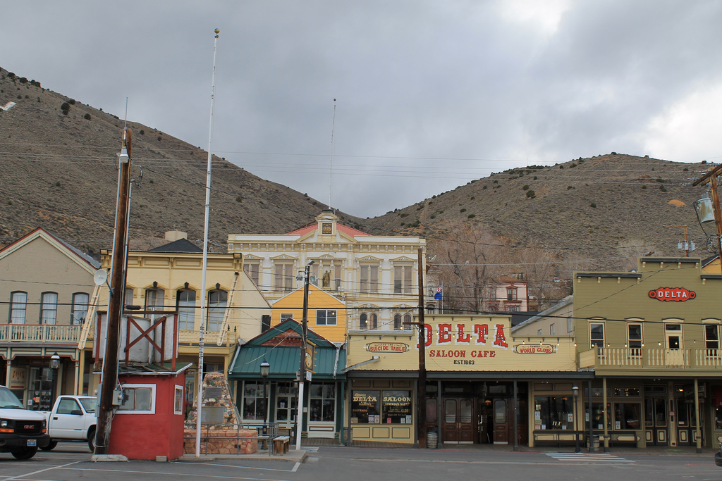 Most picturesque small towns in nevada for Best small towns in tennessee to live