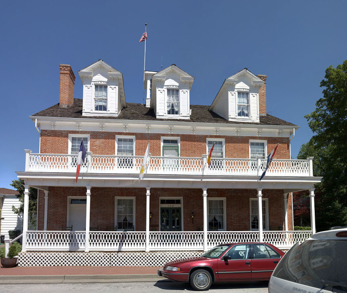 The Southern Hotel Bed and Breakfast