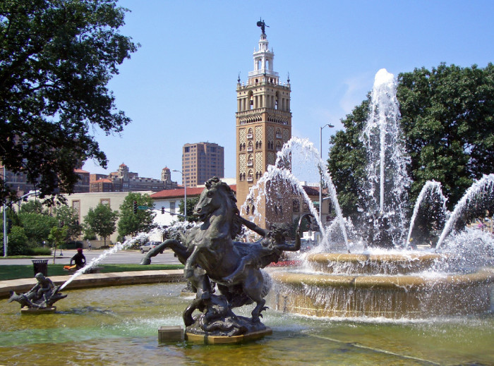 8.	Kansas City has more miles of boulevards than Paris and more fountains than any city except Rome.