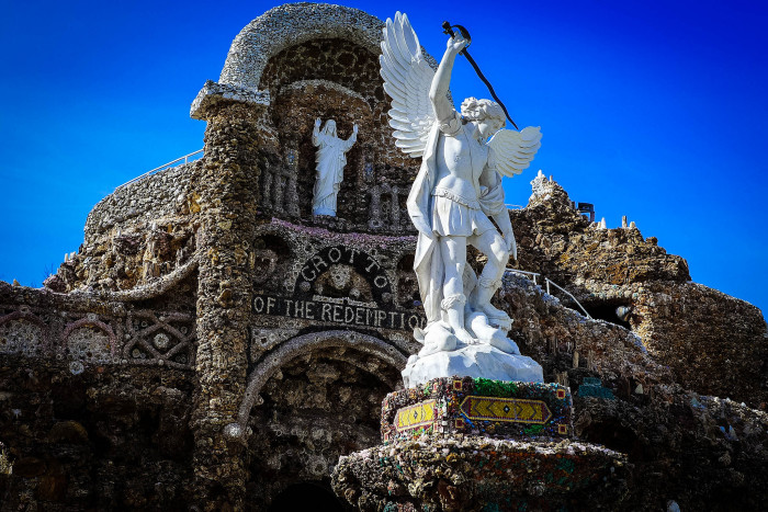 8. Grotto of the Redemption, West Bend