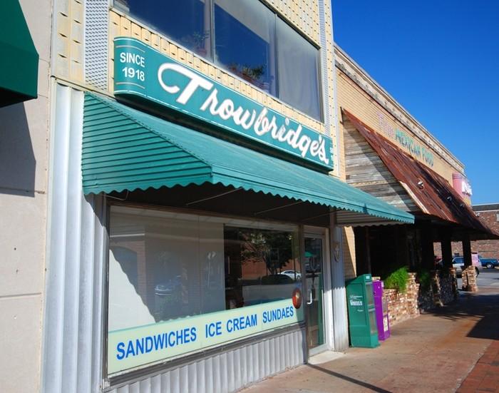 3. Orange Pineapple Ice Cream / Trowbridge's - Florence, AL