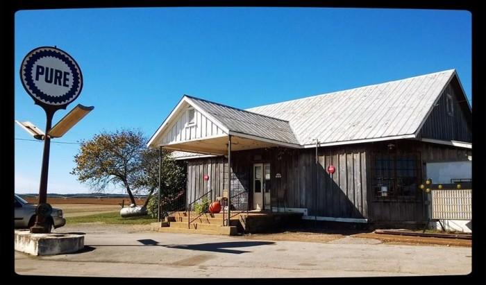 2. Tin Roof Burgers - Madison, AL