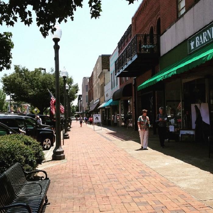 AL Main Street 11