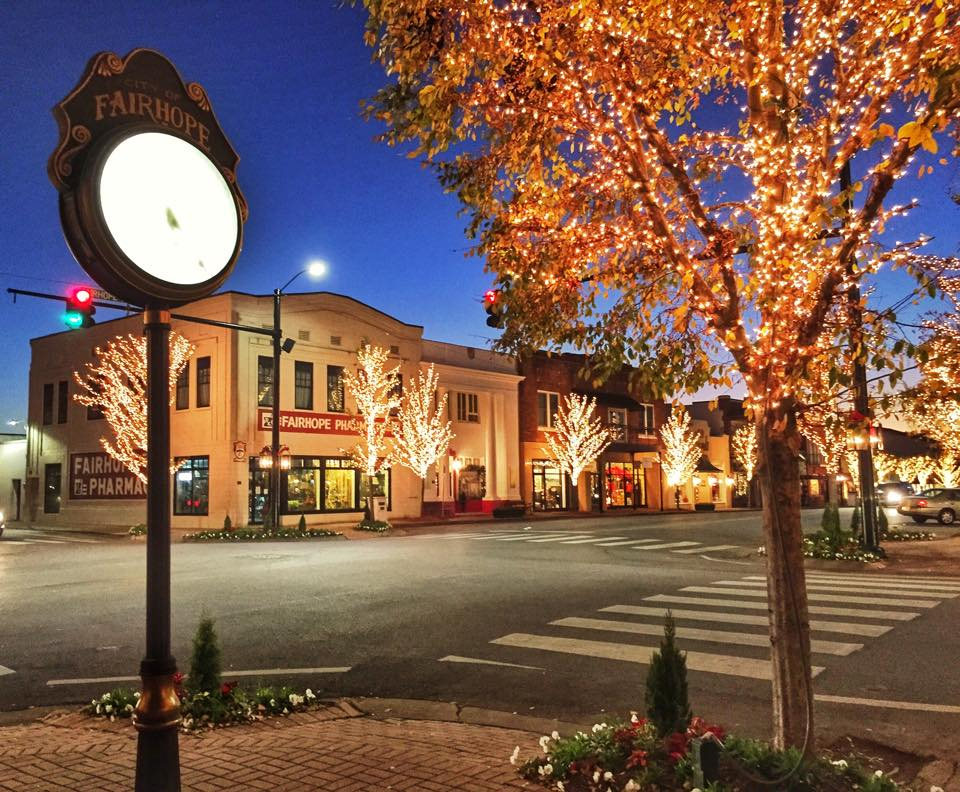 Most picturesque small towns in alabama for Small towns in tennessee near memphis