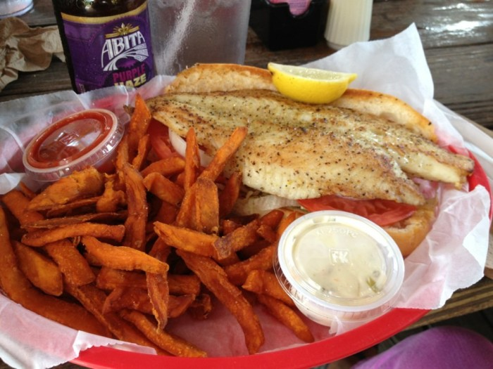 Best seafood restaurants in alabama for Fish river grill gulf shores