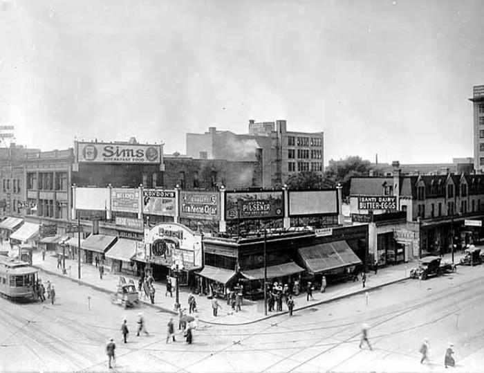 9. 1915 - Minneapolis.