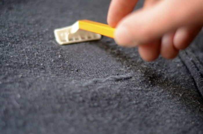 19. Use a razor to fix your pilly sweaters.