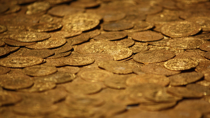 9. Golden coins and Cottonwood trees