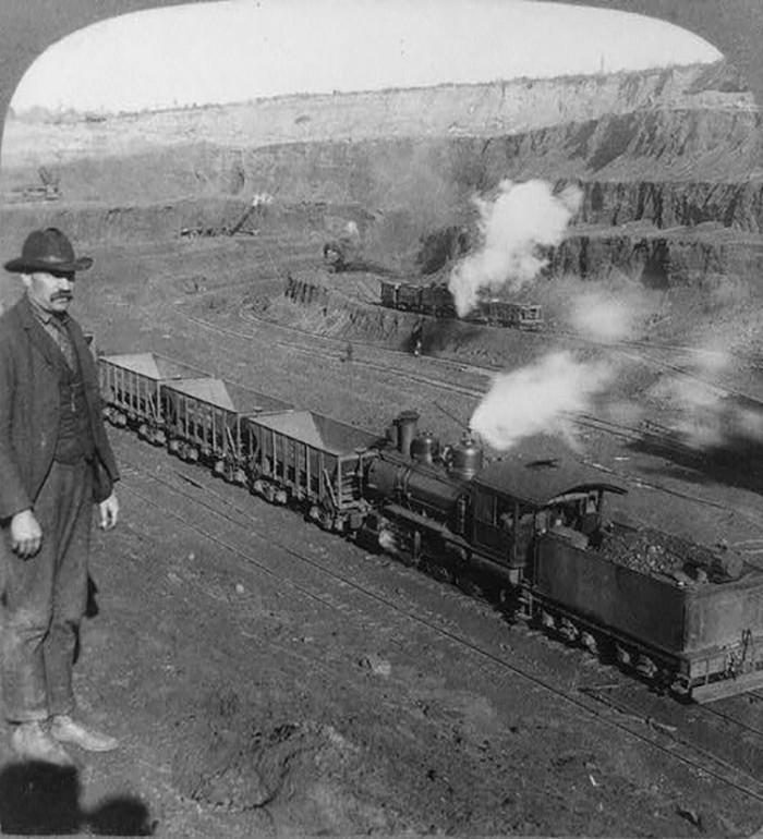 7. 1906 - Hibbing.