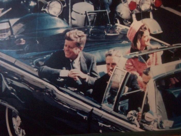 JFK Assasination Conspiracy Theory + Hawaii