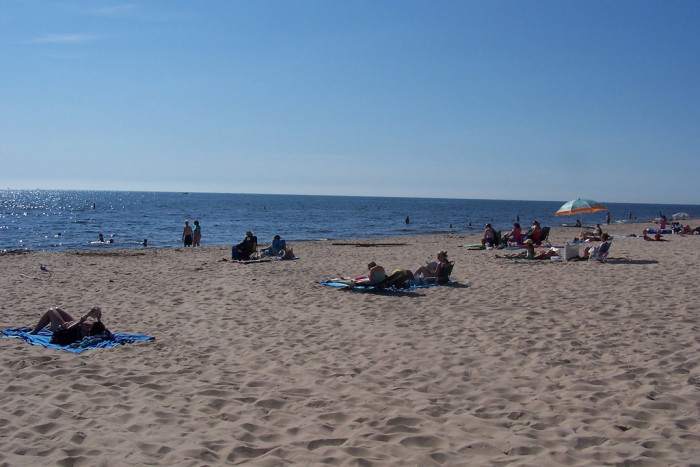 5) Instead of the crowded beaches along Lake Michigan...