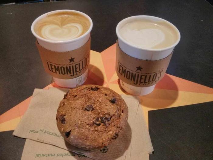 6) Lemonjello's Coffee, Holland